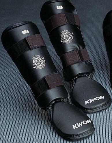 Schienbeinschützer mit Spannschutz Kombi CE by Kwon