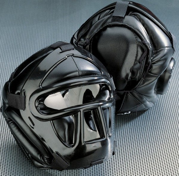 Kopfschutz Black Line mit Top Pad CE by Kwon